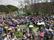 Protesto contra legalização do aborto reúne centenas no Centro Cívico