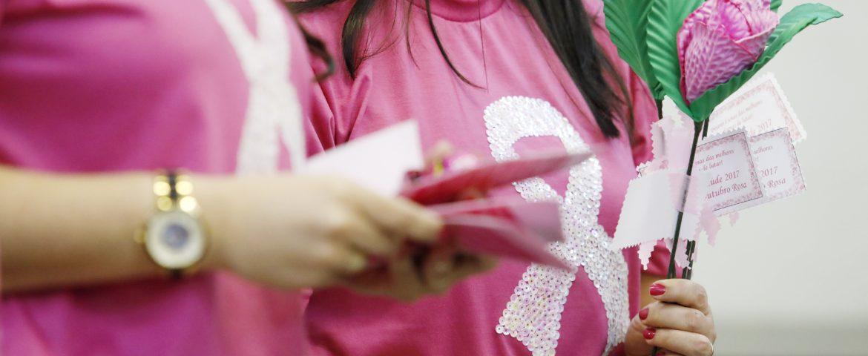 Outubro Rosa: Mulheres podem participar de Mutirão de Coleta de Preventivo e agendar Mamografia