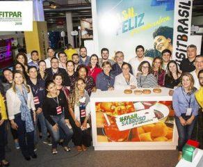 Curitiba é apresentada em feira internacional do Paraguai