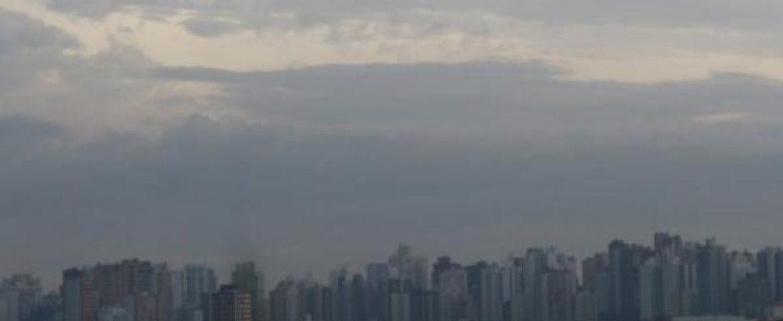 Curitiba deve ter dias nublados durante a semana e até no feriado de Finados