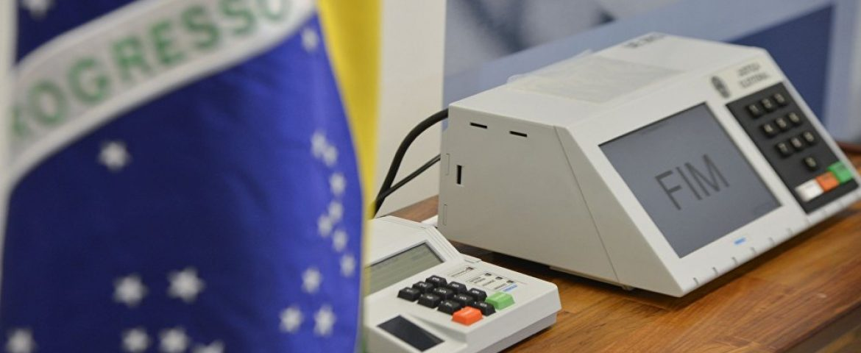 TRE diz que vai investigar urna que teria dado problema em Curitiba
