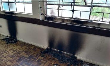 Ato de vandalismo compromete aulas na Escola Sebastião Tavares em Araucária