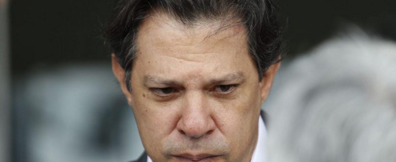 Espero que Bolsonaro debata 'olho no olho', diz Haddad em MG