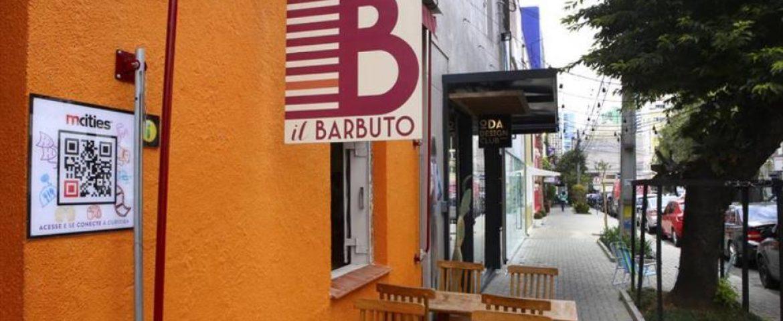 Curitiba recebe primeira rua interativa; veja como funciona a nova tecnologia
