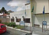 Fórum eleitoral no Paraná é atacado com coquetéis molotov e pedras