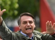 Bolsonaro nomeia equipe de transição e vai a Brasília