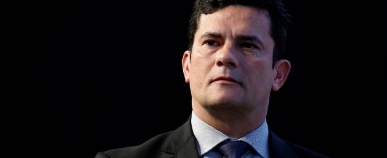 Moro deixa 22 anos da magistratura e aceita ser Ministro de Bolsonaro