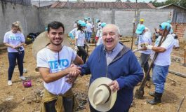 Caximba tem nova praça, e parceria com ONG retira moradores da beira de rio