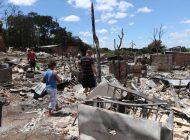 'Guerra de versões' marca incêndio que destruiu comunidade na CIC