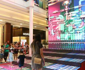 Shoppings de Curitiba dão um tempo a mais para as compras de fim de ano