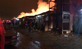 Prefeitura faz plano de emergência para atender vítimas de incêndio; há 80 desabrigados
