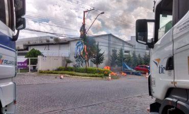 Guarda Municipal de Araucária prende duas pessoas após queda de balão