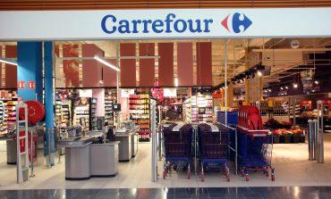Loja do Carrefour é alvo de protestos também em Curitiba