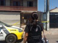 Pai acorda e se desespera ao ver filha morta dentro de casa em Curitiba