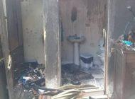Incêndio destrói casa de idosa