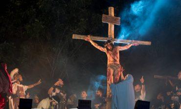 GRUPO LANTERI DA PAIXÃO DE CRISTO VISITA PACIENTES DO HOSPITAL MUNICIPAL DE ARAUCÁRIA
