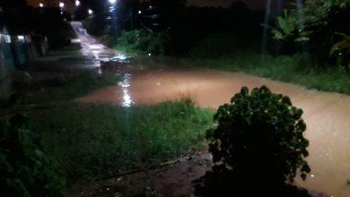 Foto de Moradores do Jardim Tropical reclamam das péssimas condições das ruas