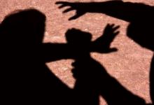 Foto de Mãe escuta gritos da filha de 13 anos e flagra companheiro tentando estuprá-la