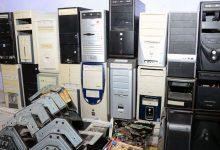 Foto de Bolsonaro assina decreto que obriga empresas a recolherem lixo eletrônico