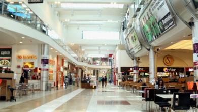 Foto de Com proibição de idosos,crianças e sem provador, shoppings de Curitiba reabrem nesta segunda-feira