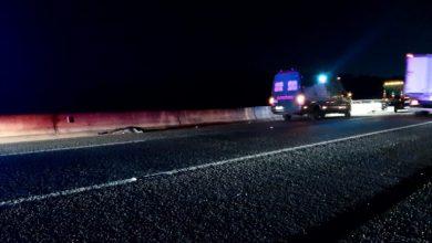 Foto de Homem é encontrado morto com ferimentos na cabeça em acostamento de rodovia em Araucária