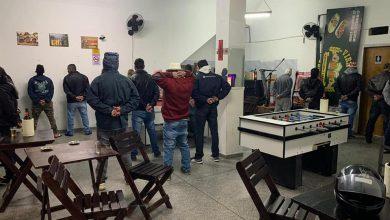 Foto de GM notifica, neste fim de semana, vários estabelecimentos de Araucária por aglomeração