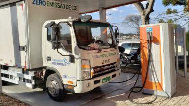Foto de Copel testa caminhão elétrico para transporte de materiais