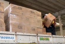 Foto de Governo do Paraná entrega cestas básicas a catadores de materiais recicláveis