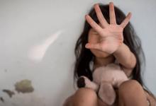 Foto de Idoso que estuprou enteada enquanto mãe viaja é preso após sete anos