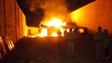Foto de Homem joga gasolina na ex-mulher e ateia fogo em casa com filhos dentro em Curitiba